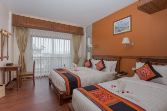Connecting Room